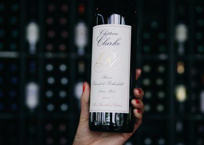 bistrot clos montesquieu - photo de vin 'chateau clarke''